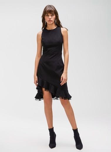 People By Fabrika Volanlı Dantel Detaylı Elbise Siyah